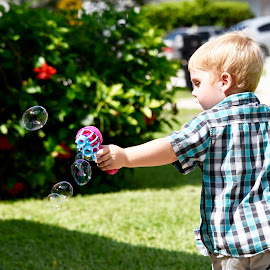 Fun with Bubbles by Bill Telkamp - Babies & Children Children Candids ( child, candids, children, candid, childrens )