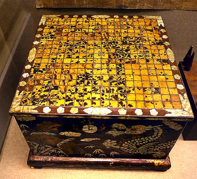 The Go Stones Lore Is Just As Sublime Ancient Weiqi Shown On Left Are Dating From Ming Or Song Dynasty Collection Of