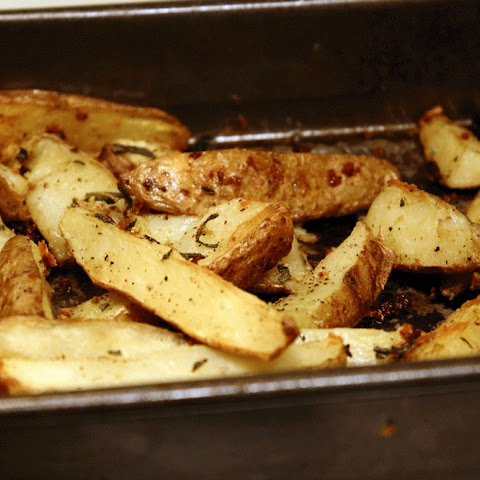 Garlic Sage Potato Wedges