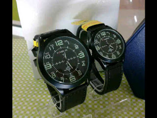 jam tangan Favorite Couple ring hitam