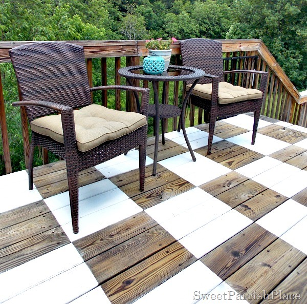 checkerboard painted deck3