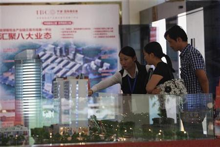 路透特写:由国际箱包城一窥中国未来经济转型之钥