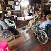 01 Alcuni disabili in uno dei distretti d'intervento del progetto.JPG