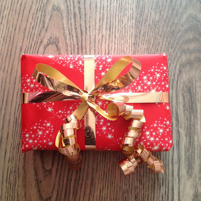 how-to-wrap-gifts