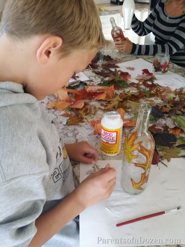 2015-10-02 2015-10-02 Fall leaf craft 036