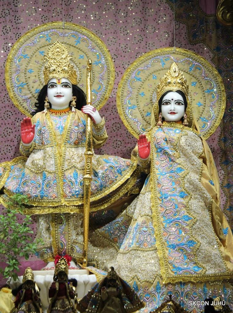 ISKCON Juhu Mangal deity Darshan 09 Feb 16 (3)