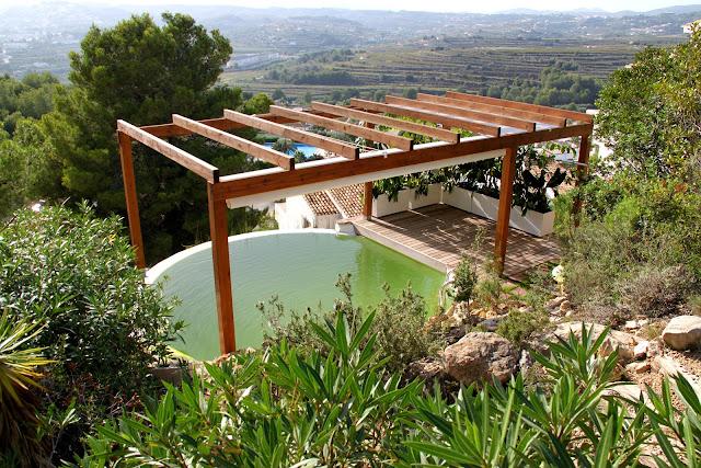 Piscina ecológica en Alicante