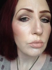 wearing bareMinerals The Royal Court_1