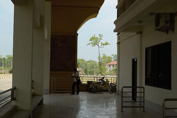 Приграничный пункт Nong Nok Khiang, Лаос.