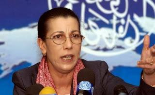 """Louisa hanoune:  """"Bouchouareb est un délinquant politique !"""""""