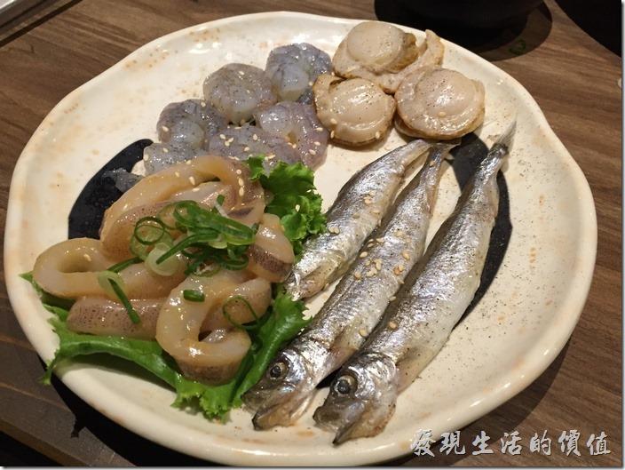 台北南港-乾杯燒烤。綜合海鮮,NT280。