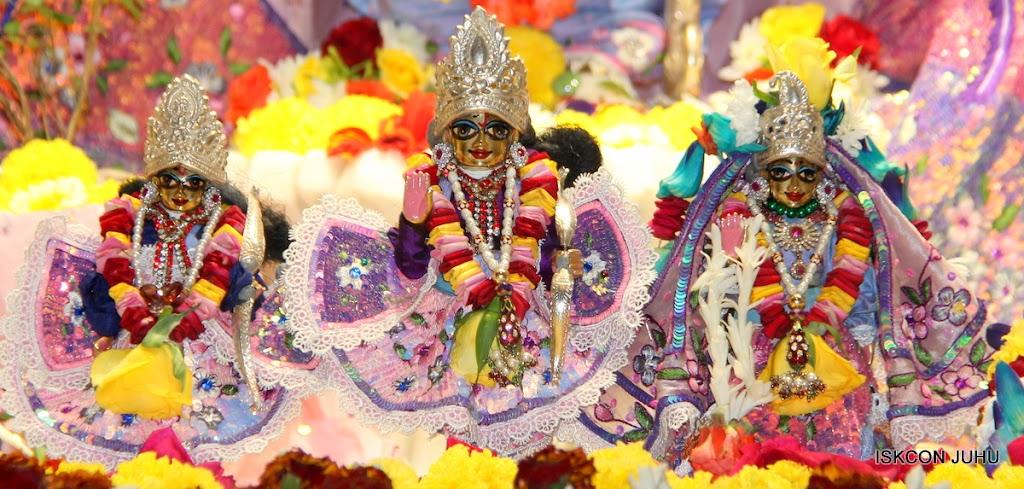 ISKCON Juhu Sringar Deity Darshan 11 Feb 16 (35)
