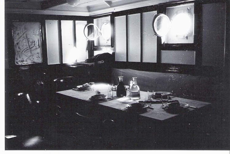 Salon de oficiales del CILURNUM. Cortesia del Sr. Federico Pradas. Nuestro agradecimiento.jpg