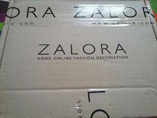 Boleh percayakah dengan Zalora? | Beli jam dengan Zalora, http://kanvaskehidupanku.blogspot.com/, perkhidmatan zalora, kebaikkan membeli dengan zalora, discount zalora, adkdayah, cara membeli dengan zalora.