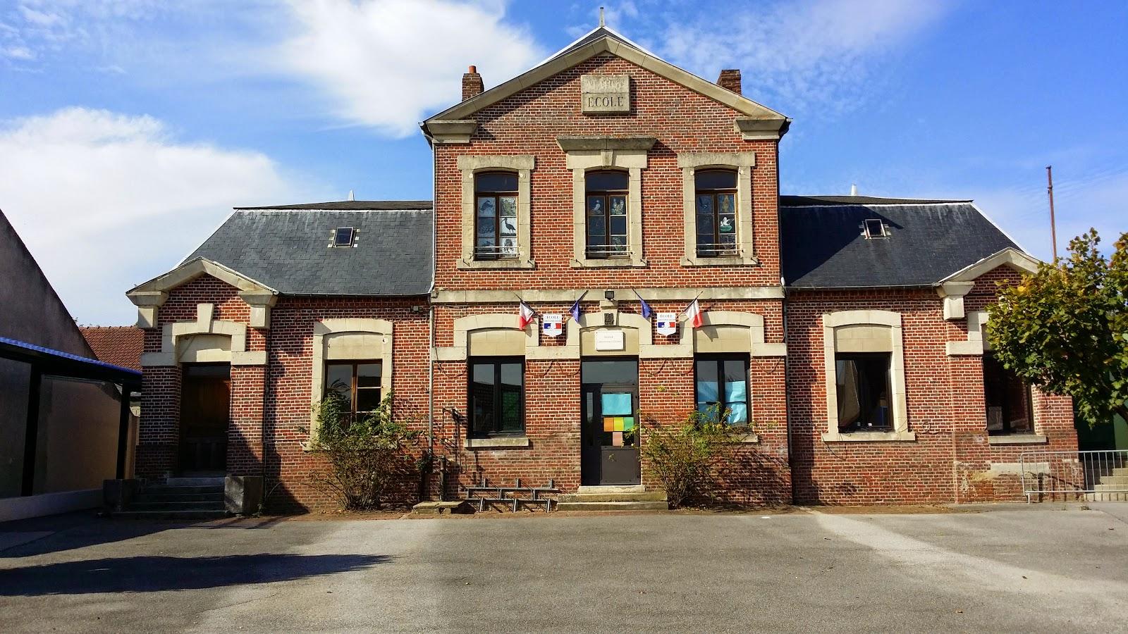 Ecole de Lachapelle-Saint-Pierre