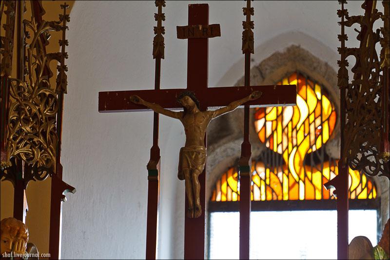 Chvojen, kostel sv.Jakuba a Filipa na Chvojně u Konopiště