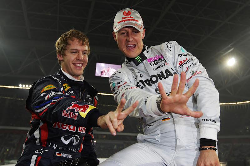 победители кубка наций Себастьян Феттель и Михаэль Шумахер на Гонке чемпионов 2011
