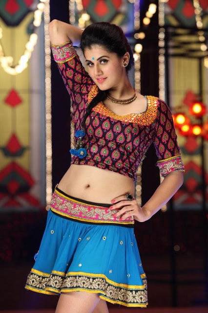 Tapsee hot (24)