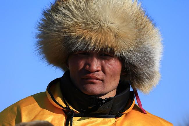 24 photos - Mongolia_camel_polo_by_rick_matthews-22