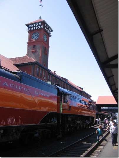 IMG_6073 Southern Pacific Daylight GS-4 4-8-4 #4449 at Union Station in Portland, Oregon on May 9, 2009