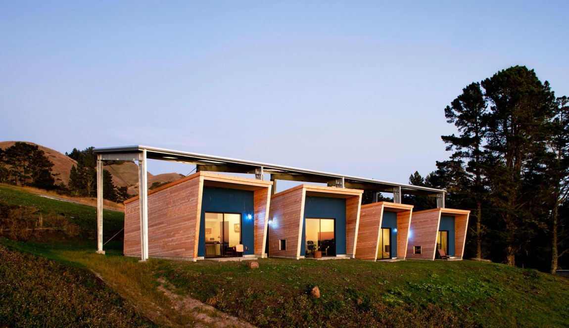 Woodside, California, Stati Uniti: [THE DIANE MIDDLEBROOK MEMORIAL BUILDING BY CCS ARCHITECTURE]