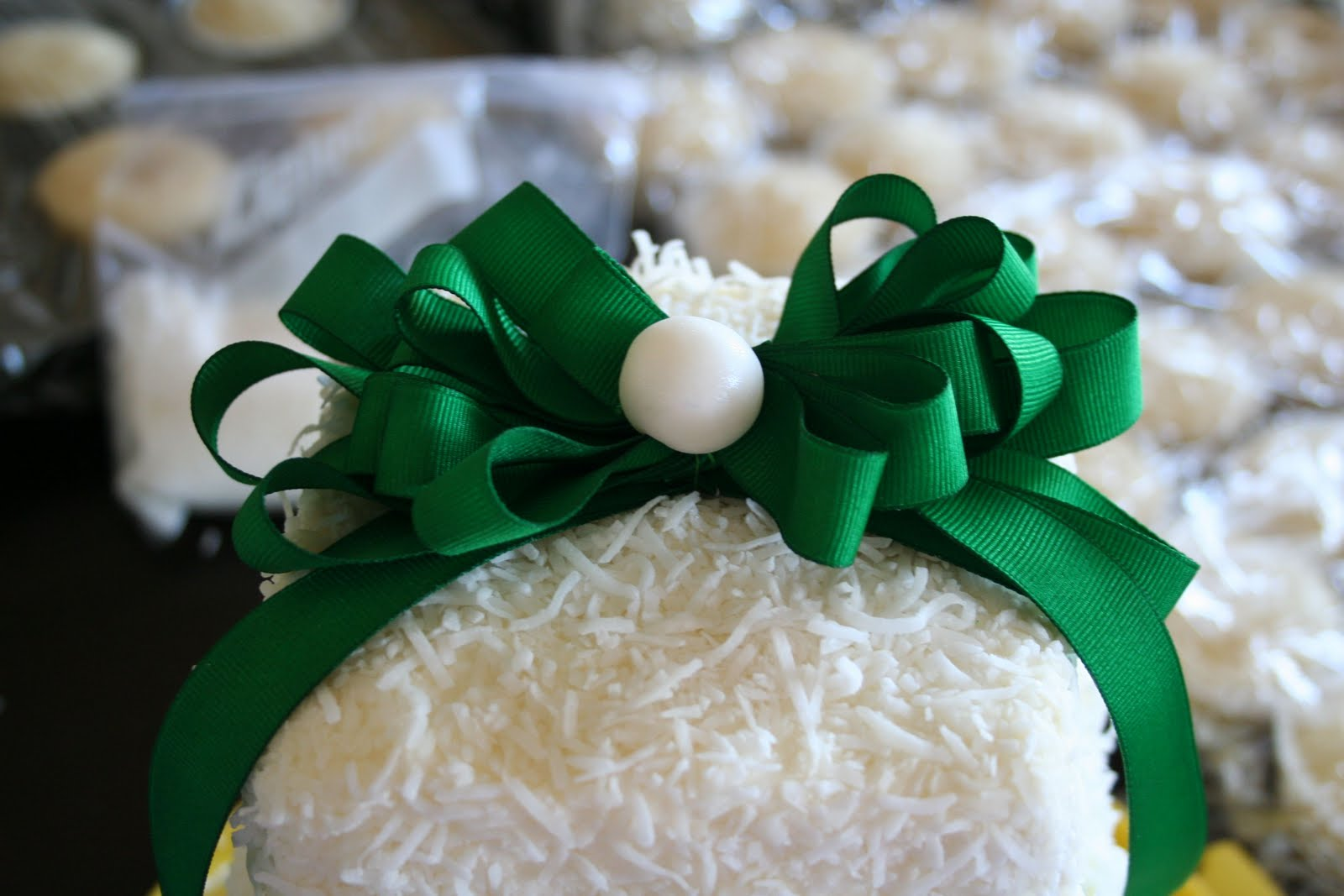 wedding cake and cupcake ideas