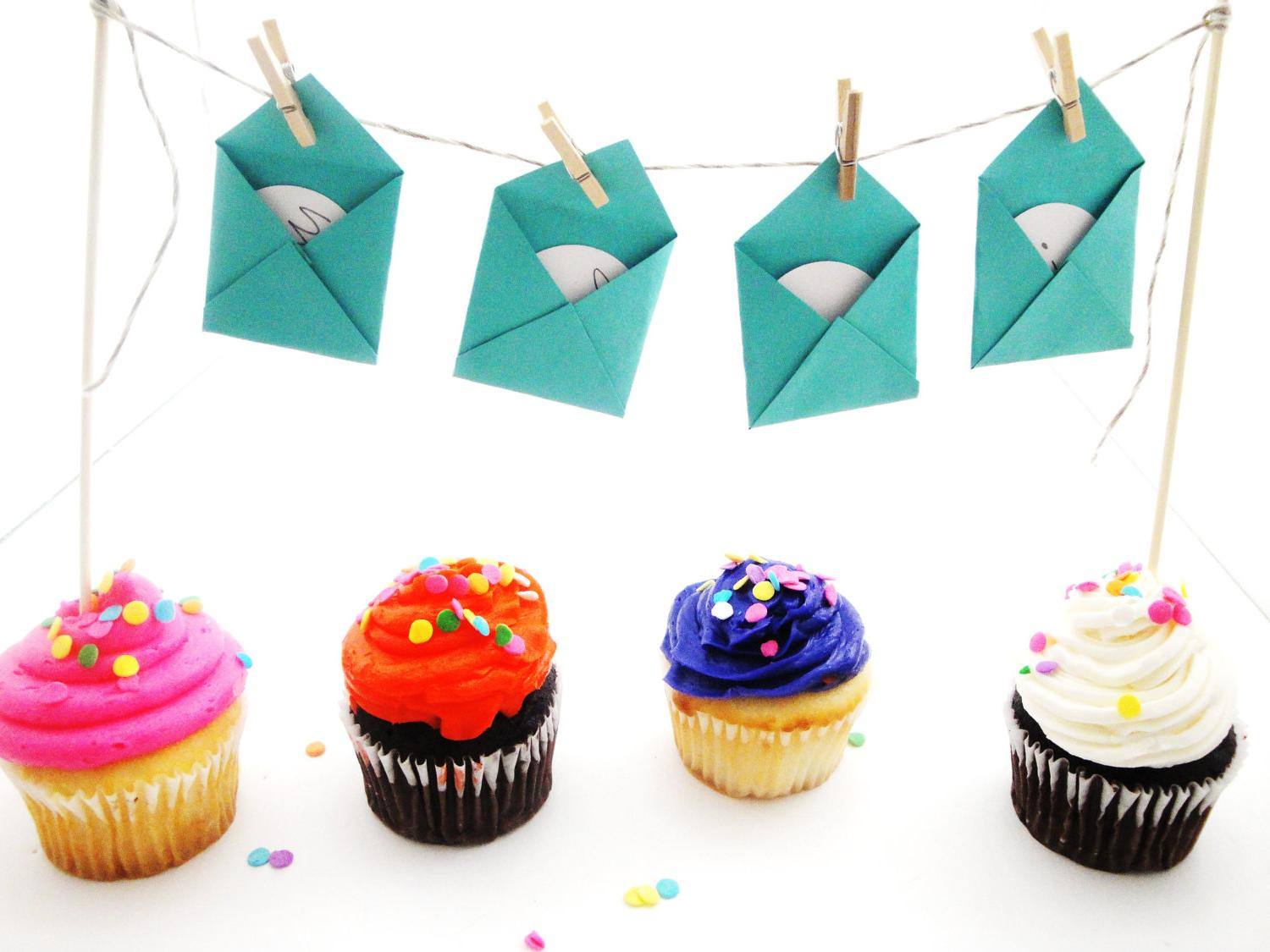 Mini Envelope Cupcake & Cake