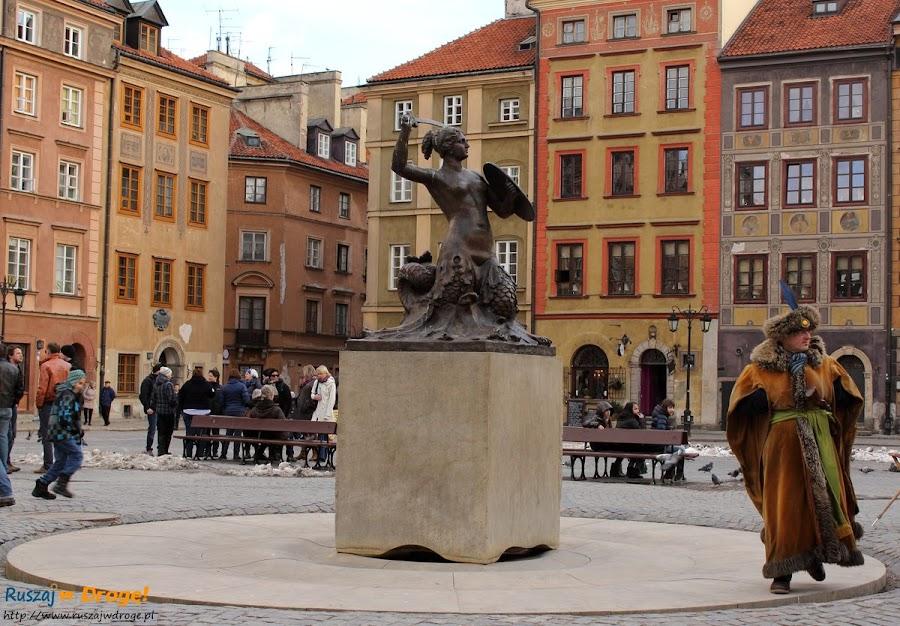 warszawska syrenka na starym rynku