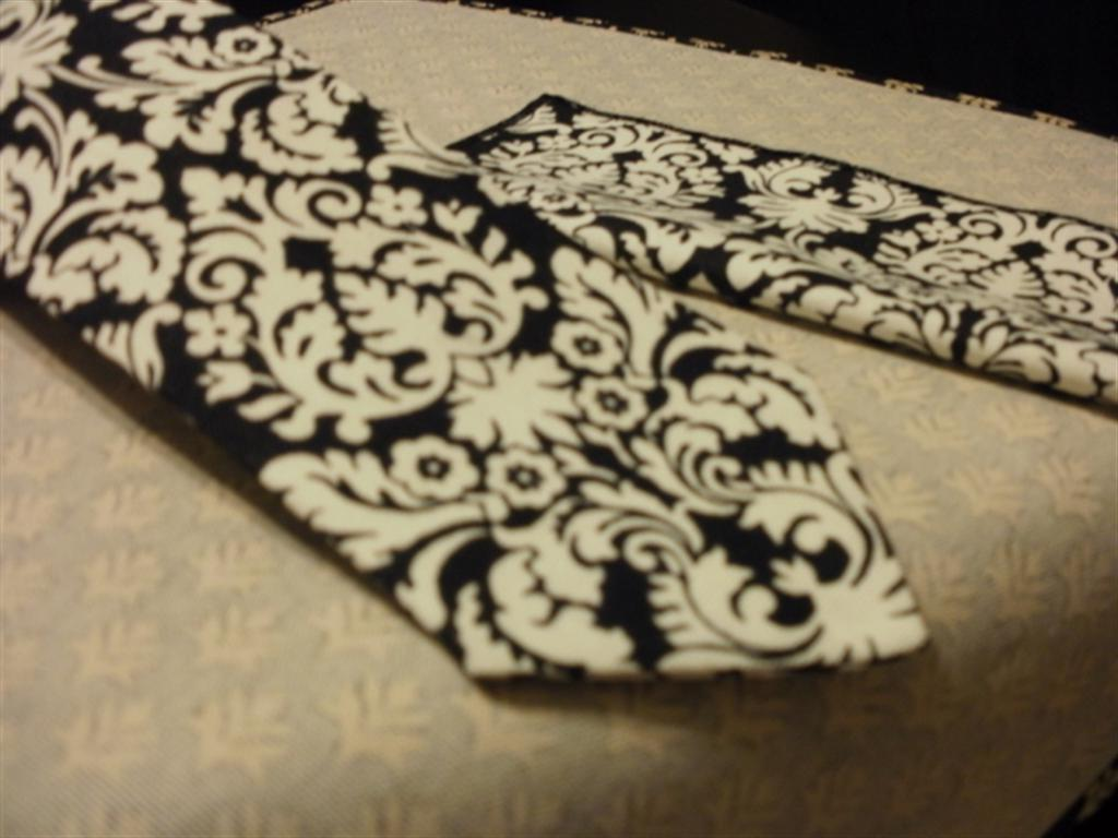 BLACK and IVORY Cream Damask