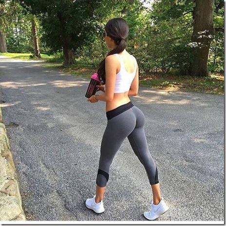 yoga-pants-girls-020