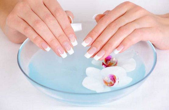 Gel nails An excellent alternative to acrylic nails.JPG