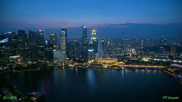 新加坡高楼夜景