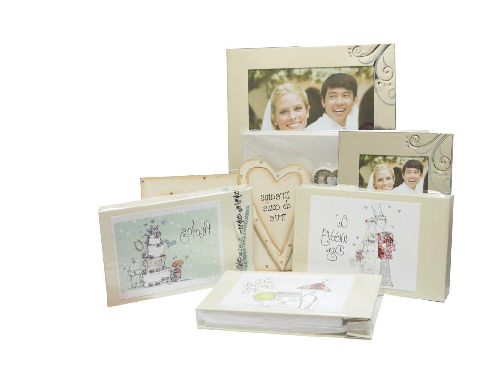Beautiful wedding gifts and