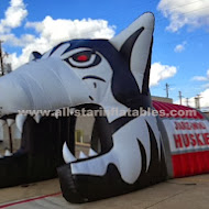 Inflatable Huskie Mascot Head.JPG