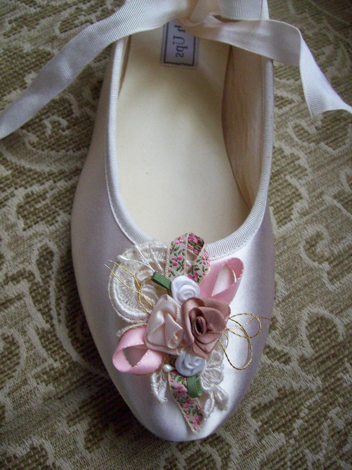 Ballet flats Ivory that tie