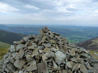 Cairn near Ladyside Pike Summit