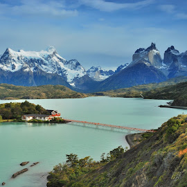 Torres del Paine by Tomasz Budziak - Landscapes Mountains & Hills ( chile, mountains, landscapes )