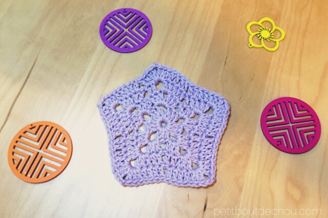 lilac cotton yarn star crochet round 4