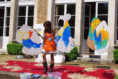 Une artiste plasticienne à la Fondation des Etats-Unis