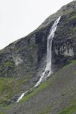 Langs de imposante bergweg Trollstigen, met diverse haarspeldbochten (voorbij Geiranger).