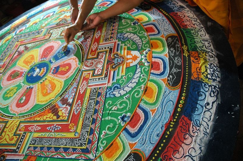 tibetan-sand-mandala-16