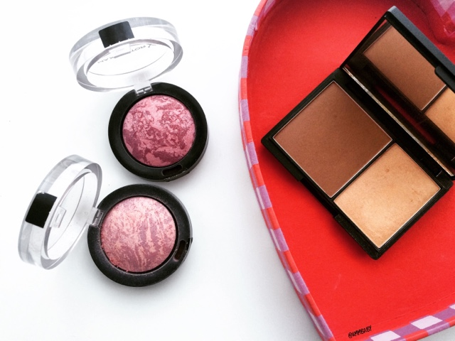 sleek face contour kit and max factor creme puff blush