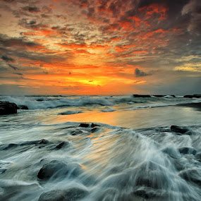 Echo Beach by Agoes Antara - Landscapes Waterscapes ( bali, nature, waterscape, sunset, cloud, beach, motion, landscape )