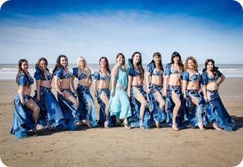 El grupo de bailarinas de danza árabe del CADU Santa Teresita participó de la gala Art of bellydance