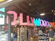 A Hollywood souvenir shop