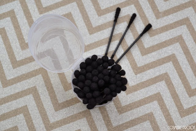 Sephora Detox It Out Charcoal Swabs Review (2)