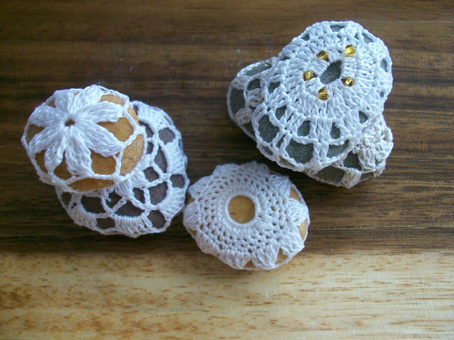 Crochet Covered Beach Stones ,Wedding,gift,summer .home decor ,decoration