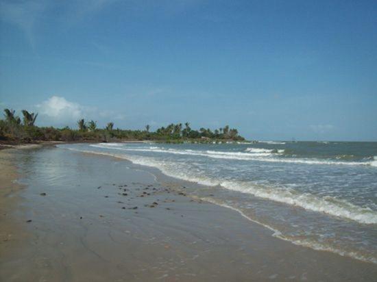 Praia de Aruoca - Guimaraes, Maranhao, fonte: Rodrigo José Araujo Ramos