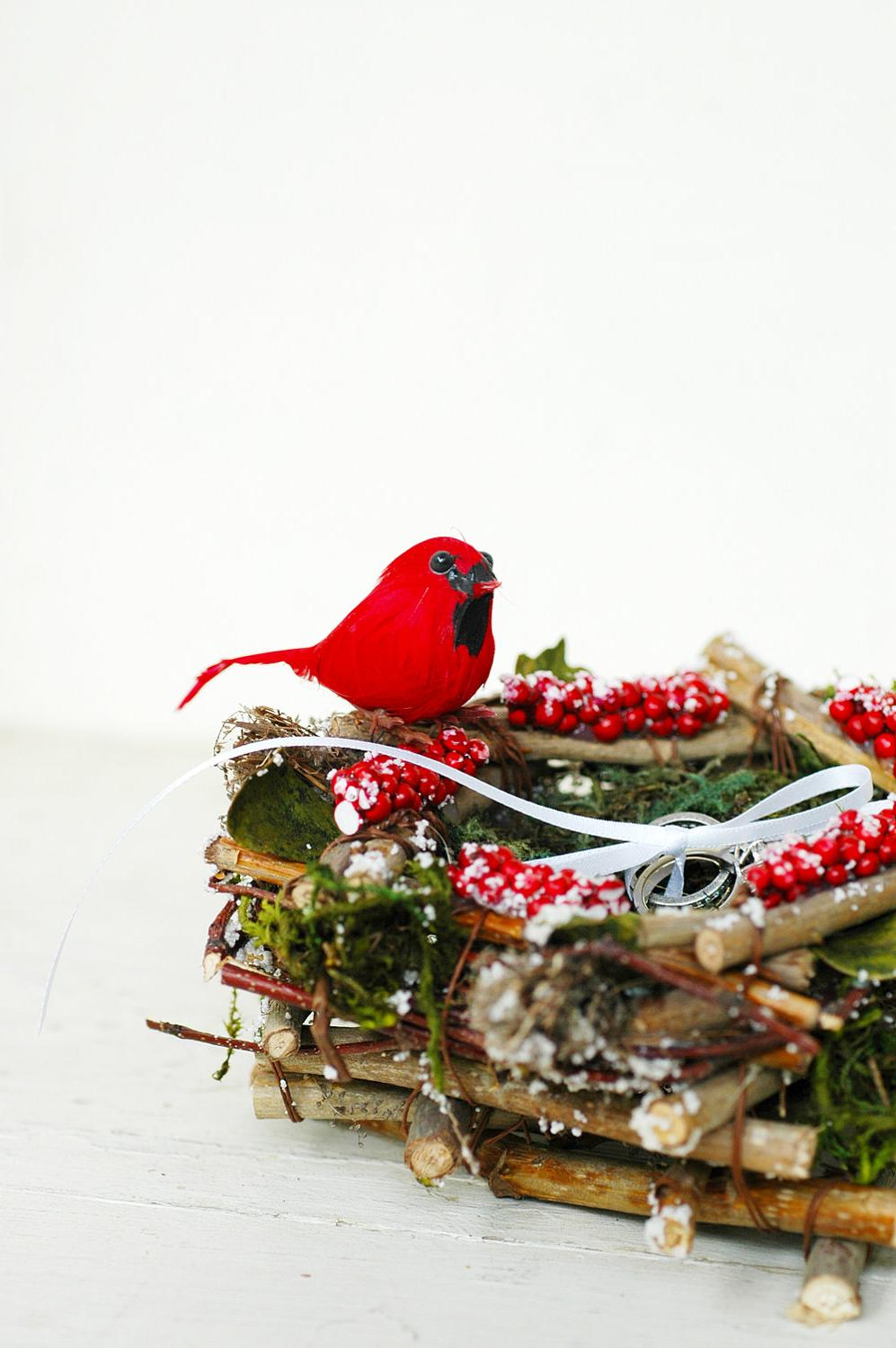Winter Berry Ring Bearer Nest