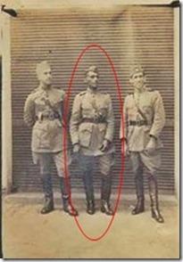 Tenente Ferreira e companheiros de farda (185x260) (276x389)